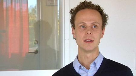 HAR TESTET: Som en av de første i verden har forsker Nikolaj Kunøe testet den nye motgiftkapselen på heroinavhengige.  (Foto: TV 2)