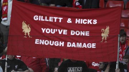 SELGER KLUBBEN: Gillett og Hicks (Foto: Peter Byrne/Pa Photos)