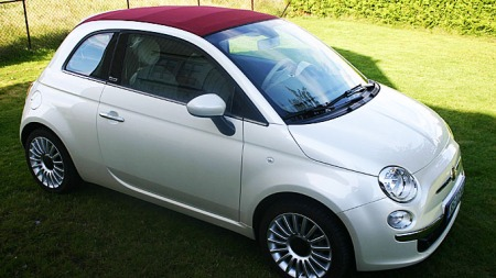 Fiat 500, her i cabrioletversjon, har ikke lenger nyhetens interesse. Det merkes på salgstallene.