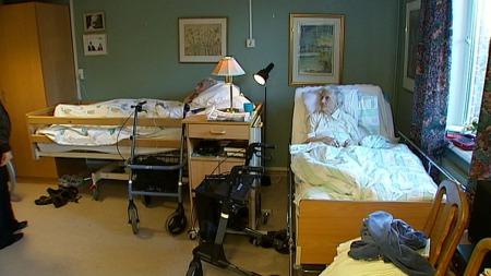 Mange eldre må dele rom på sykehjem. (Arkivfoto) (Foto: TV 2)