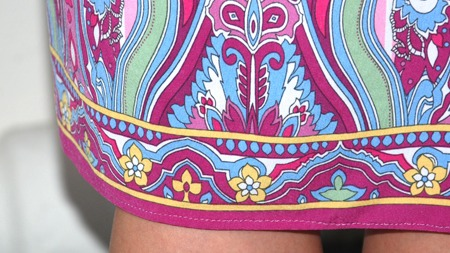 Slik ser detaljene på kjolen til Lien ut.  (Foto: TV 2)