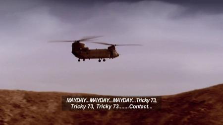 NØDLANDING: Med skuddskader i hodet klarte Fortune og andrepiloten å fly helikopteret tilbake til basen. (Foto: DISCOVERY CHANNEL)