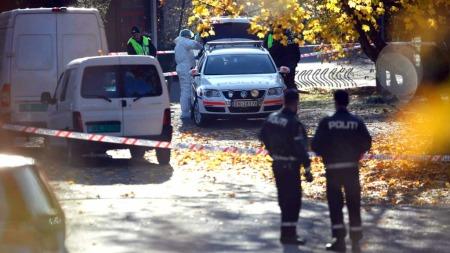 En død naken kvinne er blitt funnet I skolegården på Tokerud skole på Stovner i Oslo (Foto: Scanpix)