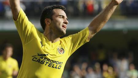 TIL TOTTENHAM? Giuseppe Rossi har vært strålende på topp for Villarreal de siste sesongene. (Foto: HEINO KALIS/Reuters)
