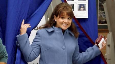 - TAPER: Christine O'Donnell fra delstaten Delaware, den mest omstridte av kandidatene til Tea Party-bevegelsen, klarer ikke å sikre seg en plass i Senatet, viser prognoser fra CNN og NBC. (Foto: TIM SHAFFER/Reuters)