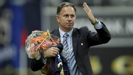 I 2010 takket Jan Jönsson for seg i Stabæk. Nå kan han bidra til å holde klubben nede i bunnstriden, som Rosenborg-trener. (Foto: Aas, Erlend/NTB scanpix)
