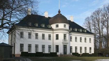 Skuddepisoden skjedde i området rundt Bernstorff slott. (Foto:   Henrik Jessen/WIKIPEDIA)
