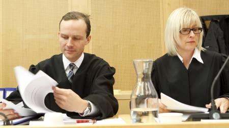 AKTORERER SAKEN:  Politiadvokat Tarjei Istad og aktor Elisabeth Roscher. (Foto: Roald, Berit/SCANPIX)