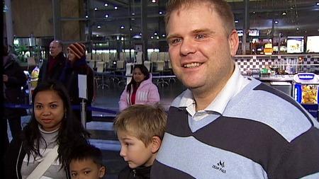 SAMLET: Ole Kristian Navrud er glad for at hele familien endelig kan få bo sammen i Norge.  (Foto: Sveinung Kyte)