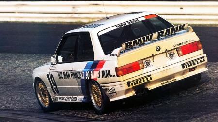 BMW-E30-M3-løpsbilbakfra