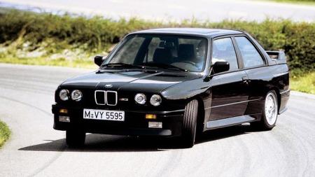 BMW-M3_1987_sort-i-sladd