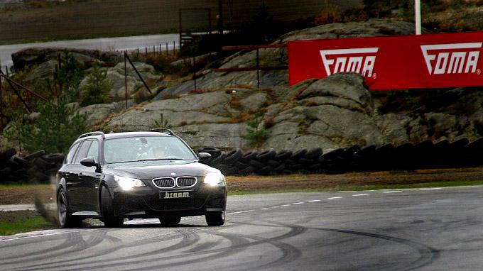 BMW er kjent for kjøreglade biler med bakhjulstrekk. Foto: Bjørn Olav Amundsen