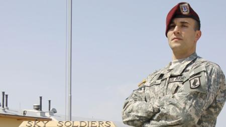 Salvatore Giunta er den første levende som får USAs høyeste   militære dekorasjon siden krigen i Vietnam. (Foto: HO, ©kb)