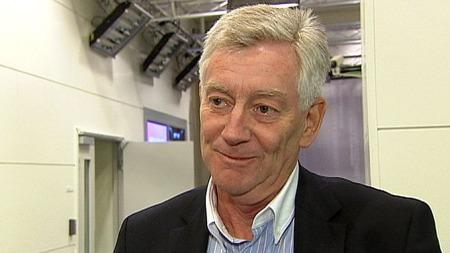 POLITIKERNE HAR NØKKELEN: Det trengs politisk vilje for å få ned harryhandelen, mener Thomas Angell, direktør for handel i hovedorganisasjonen Virke.  (Foto: TV 2)