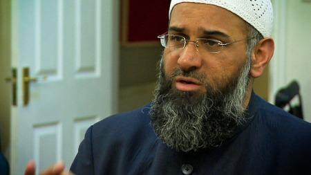 Den profilerte radikale muslimen Anjem Choudary. (Foto: TV 2)