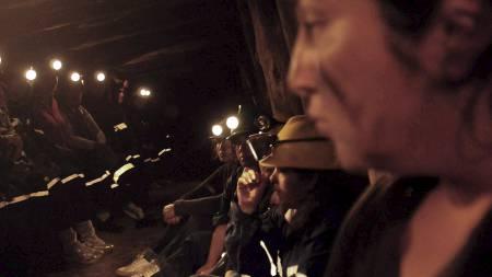 33 kvinner har stengt seg inne i «Djevelens gruve» i protest mot sysselsettingspolitikken. (Foto: Camila Lasalle Ramirez/Afp)