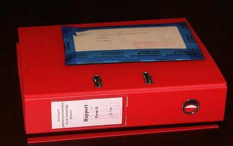 På 90-tallet fikk Stortinget overlevert Lundkommisjonens rapport, som etter overrekkelsen straks ble lagt ned i Stortingets hvelv.