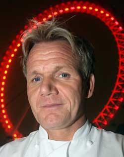 LAGER MAT AV REINSDYR: Kjendiskokken Gordon Ramsay er trukket   inn i britisk boikottdebatt om reinsdyr.