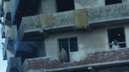 Falleferdige bygninger utenfor Pyongyang blir neppe renovert med det første. (Foto: Gjermund Hagesæter)