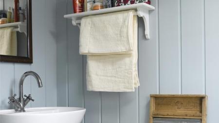 Små, enkle bad er fortsatt vanlig på hyttene våre. (Foto: Per Erik Jæger)