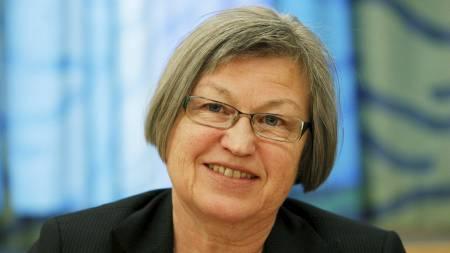 SKUFFET: Laila Dåvøy (KrF) er svært skuffet over at ikke Fluge   og Mella fikk penger til forskning. Hun vil nå utfordre regjeringen til   å gi det som mangler. (Foto: Åserud, Lise/Scanpix)