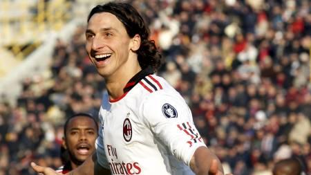 Zlatan Ibrahimovic herjet med Bologna. (Foto: ALESSANDRO BIANCHI/Reuters)