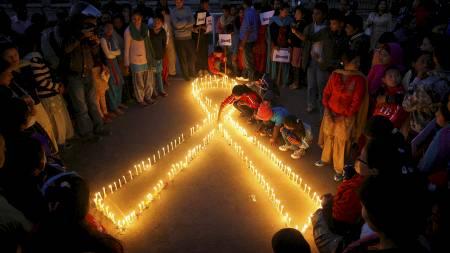 AIDS (Foto: STR/NEPAL/Reuters)