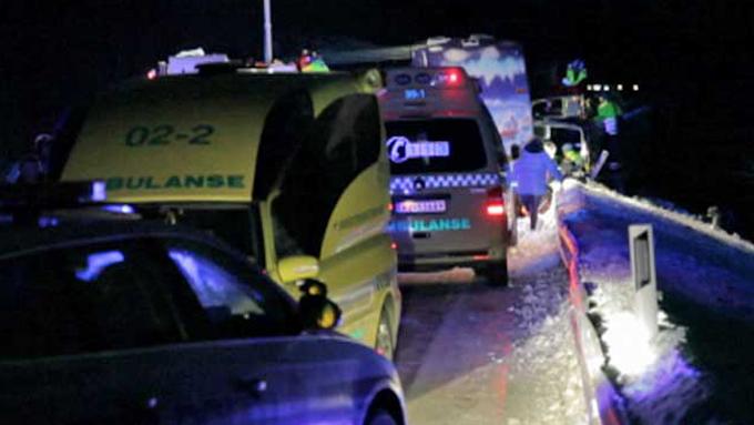 SYKEHUSANSATTE: Flere av de omkomne skal ha vært ansatte ved sykehuset i Narvik.  (Foto: TV 2)