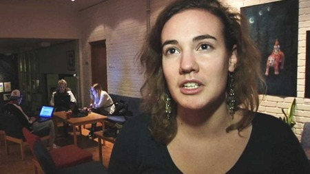 VITNE: Studenten Thea Hilding ble vitne til pågripelsen av Marie Amelie på Lillehammer. (Foto: Harald Jacobsen / TV 2)