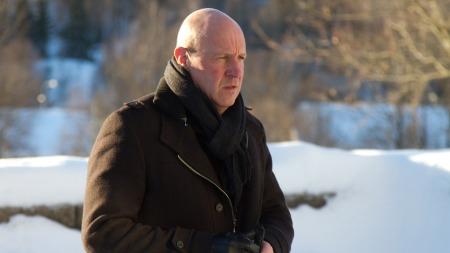 Toppfotballsjef Nils Johan Semb ankommer bisettelsen (Foto: Audun Braastad 5021, ©ps)