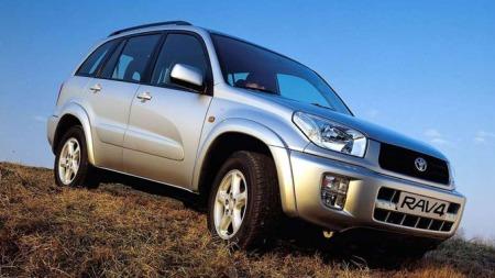 Toyota RAV4 2003 modell