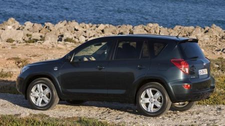 Bestselgeren RAV4 er en av bilene som er berørt av den nye tilbakekallingen fra Toyota.