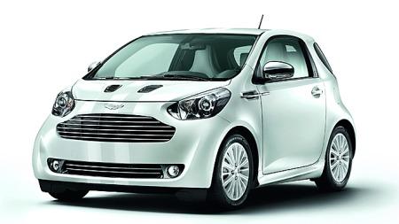 Så godt som samtlige karosseriplater og -detaljer er forandret fra Aygo-utgangspunktet på Aston Martins egen fabrikk.