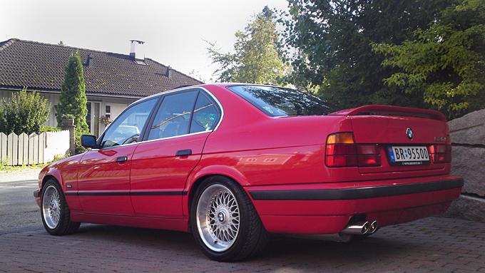 Bilen er helt original med M-sport pakke. Og de originale BBS-felgene. Foto: Privat