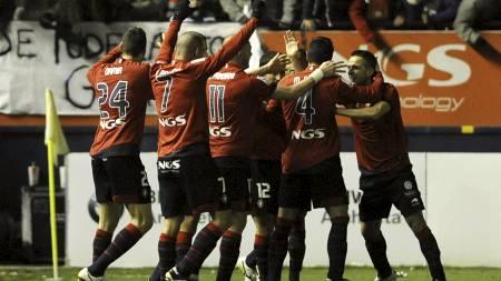 Osasuna jubler etter scoring mot Real. (Foto: RAFA RIVAS/Afp)