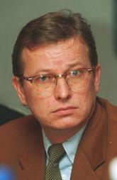 Bernt Olufsen som ung (43) redaktør i VG i 1997.  (Foto: BJØRN SIGURDSØN PHRASEA, ©jk)