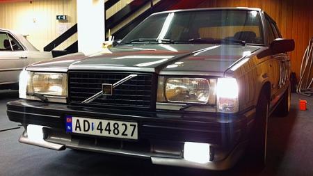Jonas liker egentlig bare BMW, men har en utrolig fin Volvo som førstebil. (Foto: Privat)