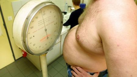 FETT NOK: Mer enn en halv milliard mennesker er overvektige, ifølge blant andre WHO. (Foto: Illustrasjonsfoto: Colourbox.com)