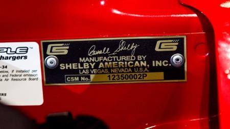 Signaturen til Caroll Shelby koster penger. Mye penger.