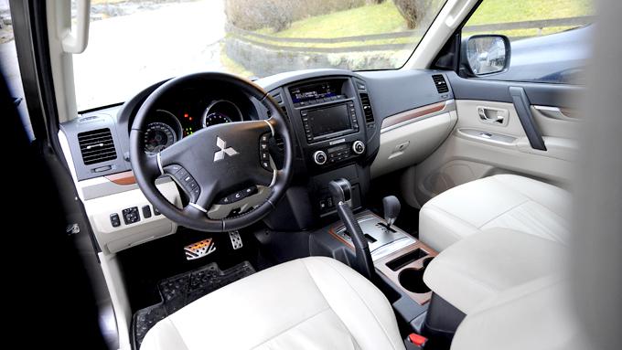 Interiøret holder bra standard selv om kvalitetsfølelsen ikke når helt opp til de beste. Foto: Egill J. Danielsen