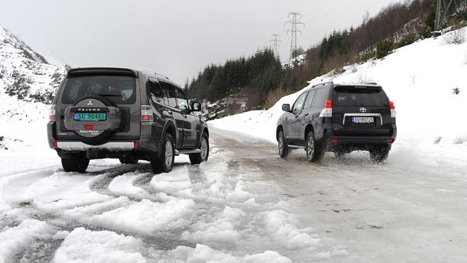 Importørene forventer omtrent likt salg i 2011: Mitsubishi venter   å selge totalt 600 biler og Toyota har som mål å få 675 på norske veier.   Foto: Egill J. Danielsen