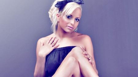 Linni Meister - modell, popartist og realitydeltager