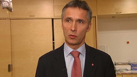 MER KONTROLL: Statsminister Jens Stoltenberg (Ap) krever mer kontroll av kvaliteten i norsk helsevesen. (Foto: TV 2)