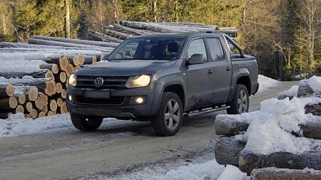 Amarok ser både tøff og moderne ut, og vår testbil vakte stor oppsikt hvor enn vi parkerte. (Foto: Tore Robert Klerud)