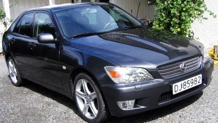 Min tidligere Lexus IS200 Sport