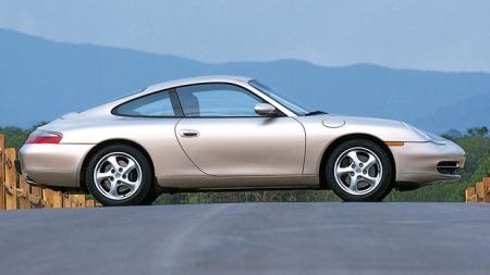 Porsche-911_Carrera_Coupe_2