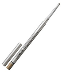 LETT Å BRUKE: Cliniques øyenbrynsblyant Super Fine Liner skal gi presis påføring, og setter seg lett på huden. Den finnes i to farger, soft brown og deep brown (kr 125, Clinique).