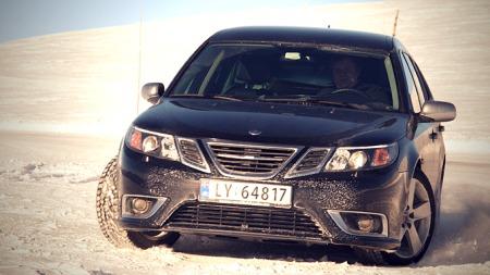 Halvor og faren diskuterte Saabs fremtid på turen. Bilen de kjørte var - selvfølgelig - en Saab. (Foto: Privat)