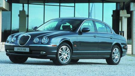 Jaguar-S-Type-forfra