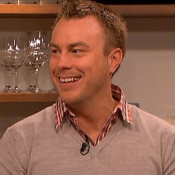 Jonas Karlsson (Foto: TV 2)